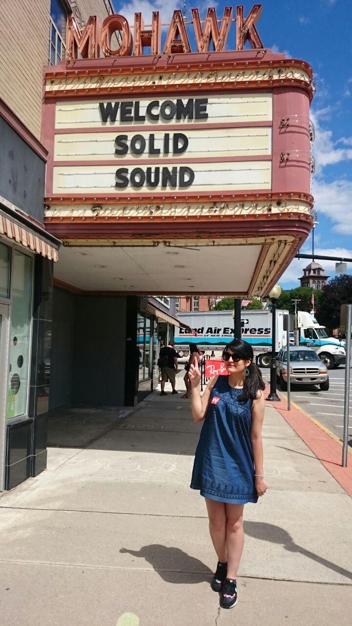 Nana em seu primeiro show do Wilco, em Chicago.