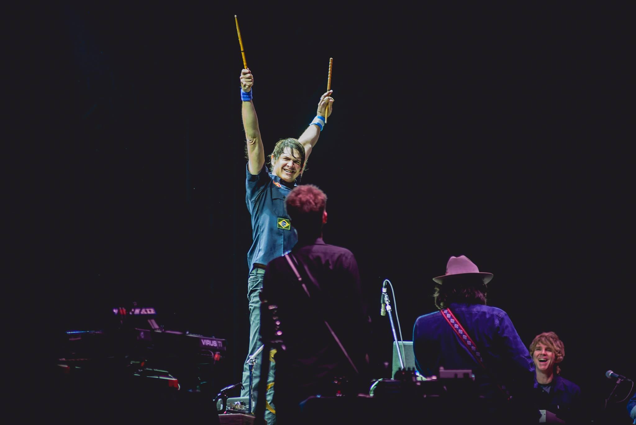 Glenn cumprindo a sua promessa no Popload Festival (foto: Fabrício Vianna)